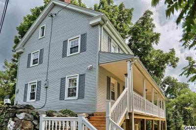 Carlisle Single Family Home For Sale: 1007 Burnt House Road