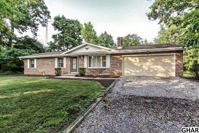 Mechanicsburg Single Family Home For Sale: 1108 Siddonsburg Road