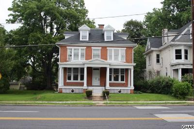 Carlisle Single Family Home For Sale: 629 S Hanover Street