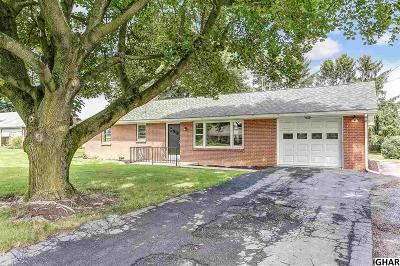 Single Family Home For Sale: 2191 Newville Rd