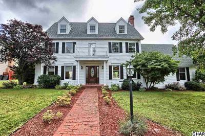 Harrisburg Single Family Home For Sale: 5764 Catherine Street