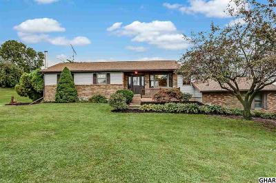 Carlisle Single Family Home For Sale: 75 Clay Road