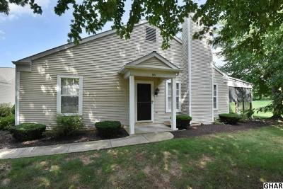 Palmyra Single Family Home For Sale: 901 Cambridge Ct