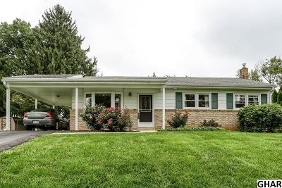 Mechanicsburg Single Family Home For Sale: 15 Pocono Drive