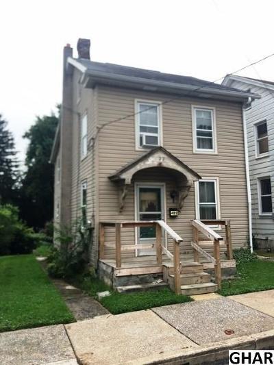 Middletown Single Family Home For Sale: 422 Penn Street