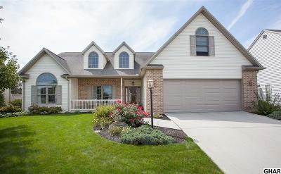 Mechanicsburg Single Family Home For Sale: 2437 Lobach Dr
