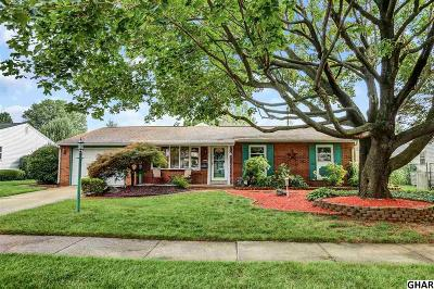 Cumberland County Single Family Home For Sale: 123 Lancaster Boulevard