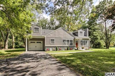 Carlisle Single Family Home For Sale: 33 Country Club Road