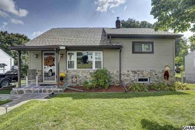 Harrisburg Single Family Home For Sale: 5215 Woodlawn Drive