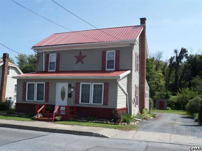 Duncannon Single Family Home For Sale: 1122 N Market