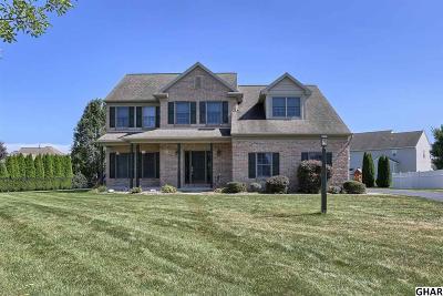 Palmyra Single Family Home For Sale: 11 Red Oak Cir