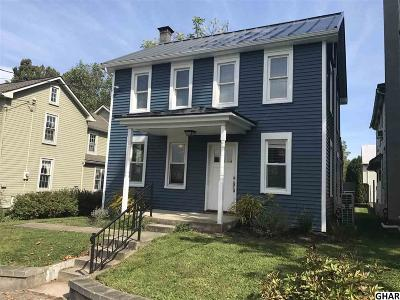 Palmyra Single Family Home For Sale: 832 Lawn Road