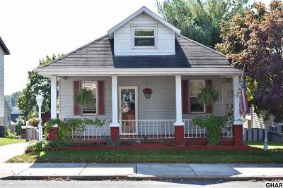 Middletown Single Family Home For Sale: 330 E High Street
