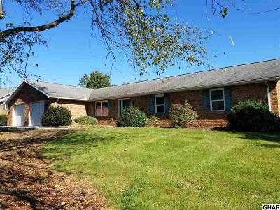 Shippensburg Single Family Home For Sale: 9 Hilltop Dr