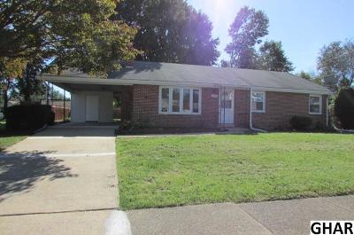 Mechanicsburg Single Family Home For Sale: 1006 E Coover St