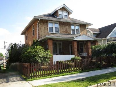 Single Family Home For Sale: 325 W Catherine Street