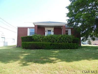 Single Family Home For Sale: 4294 Glades Pike