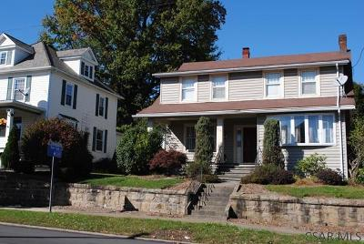 Single Family Home For Sale: 518 W Main St
