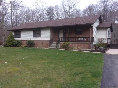 Meyersdale PA Single Family Home For Sale: $177,900