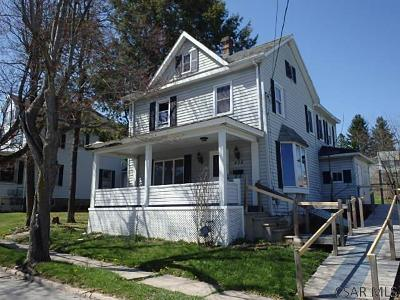 Single Family Home For Sale: 428 W Union