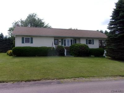 Meyersdale PA Single Family Home For Sale: $139,500