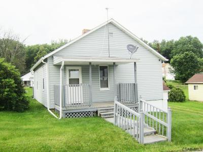 Rental For Rent: 138 School Avenue