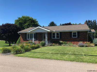 Berlin Single Family Home For Sale: 727 North Street