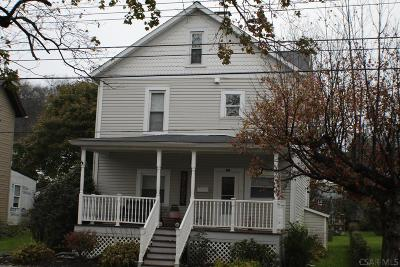 Single Family Home For Sale: 847 Main St