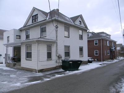 Multi Family Home For Sale: 113/504 Fuller/N. Center