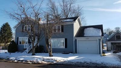 Single Family Home For Sale: 218 Missoura Street