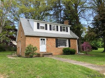 Single Family Home For Sale: 820 W Garrett Street