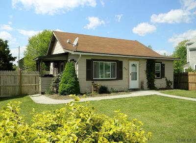 Single Family Home For Sale: 364 Hilltop Road
