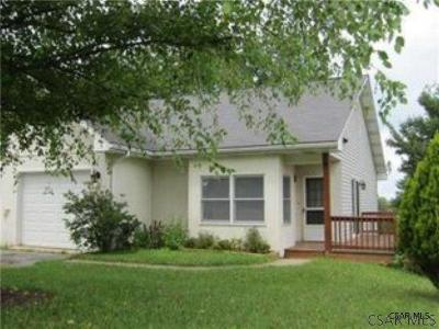 Single Family Home For Sale: 145 Marker Drive