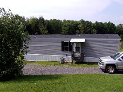 Somerset  Mobile/Manufactured For Sale: 2127 Stutzmantown Rd.