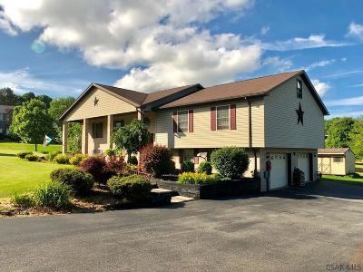 Single Family Home For Sale: 120 Cynthia Way