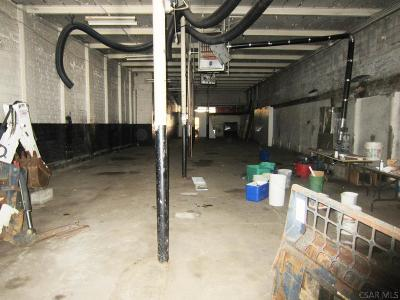 Commercial Lease For Lease: R 709 Railroad Street