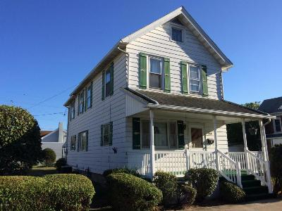 Single Family Home SOLD!: 450 E 5th St