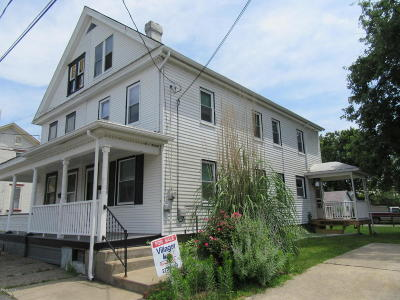 Danville Single Family Home For Sale: 106 Iron St