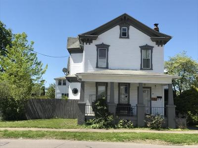 Berwick Multi Family Home For Sale: 411 Chestnut St