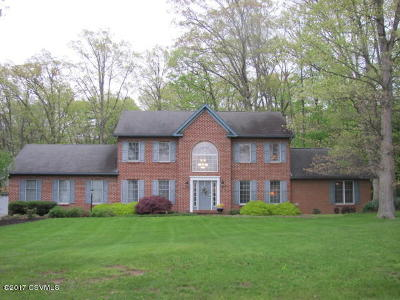 Danville Single Family Home For Sale: 42 Meadowbrook Rd