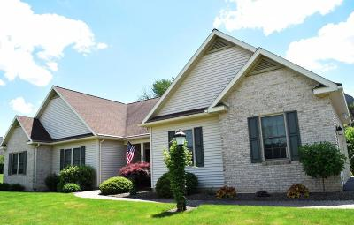 Bloomsburg Single Family Home For Sale: 6 Bond Ln