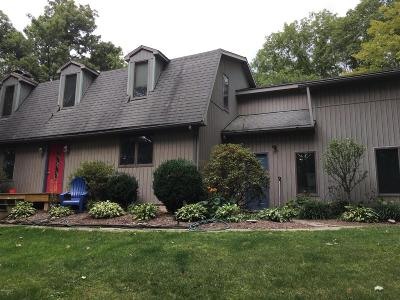 Danville Single Family Home For Sale: 23 Baldtop Hts