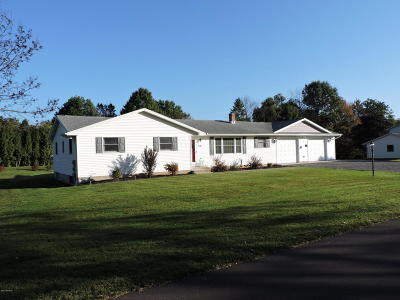 Bloomsburg Single Family Home For Sale: 1235 Maple St