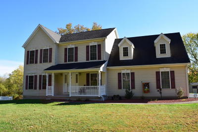 Bloomsburg Single Family Home For Sale: 2206 Bentley Dr