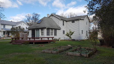 Single Family Home For Sale: 6567 Buffalo Rd