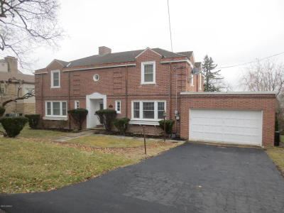 Bloomsburg Single Family Home For Sale: 806 E 3rd St