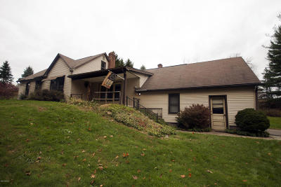 Berwick PA Single Family Home For Sale: $164,900