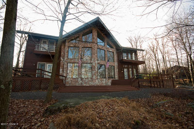 Single Family Home For Sale: 538 Haystack Drive