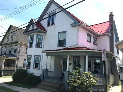 Single Family Home For Sale: 422 Jefferson St
