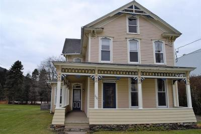 Bloomsburg PA Single Family Home For Sale: $110,000